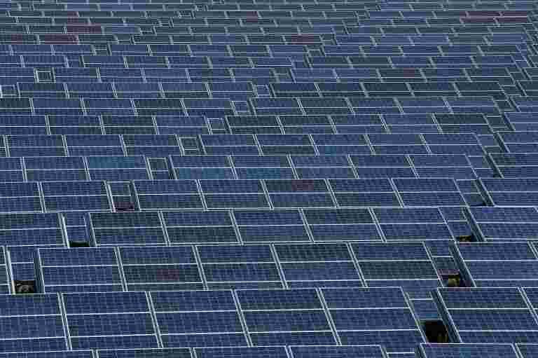 SJVN BAGS100 MW古吉拉特邦的太阳能工程