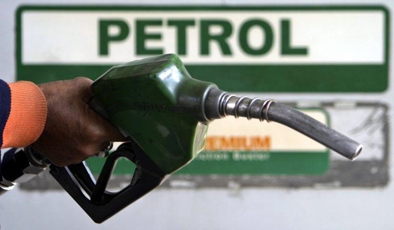 汽油在21天的徒步旅行后,柴油价格今天保持不变