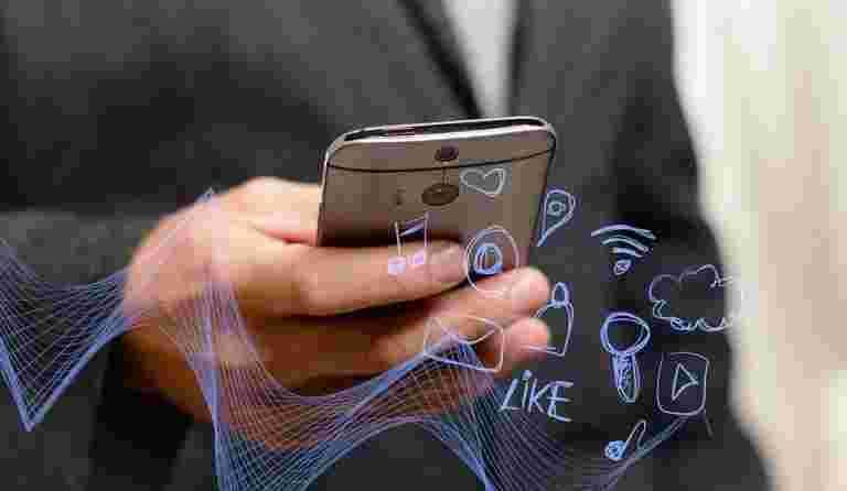 报告说,如果用户默认拒绝,谷歌的新应用程序可能允许银行,债权人锁定电话