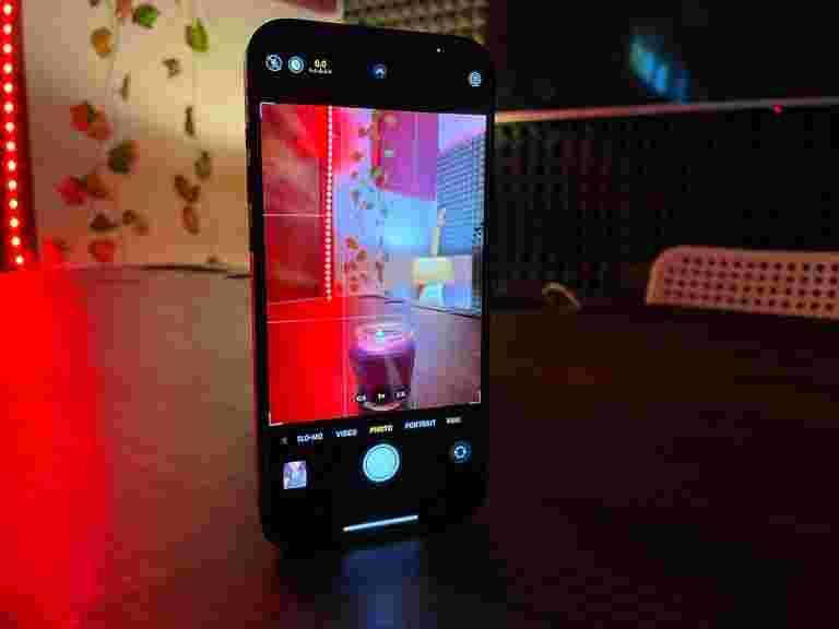 Apple iPhone 12 Pro Max评论:智能手机完美......几乎