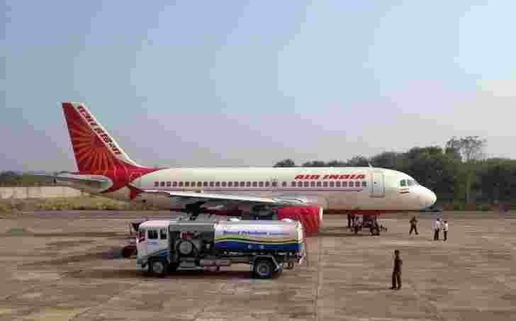 喷气机燃油价格每公斤增加3,774卢比,在新德里每公斤每公斤76,379卢比