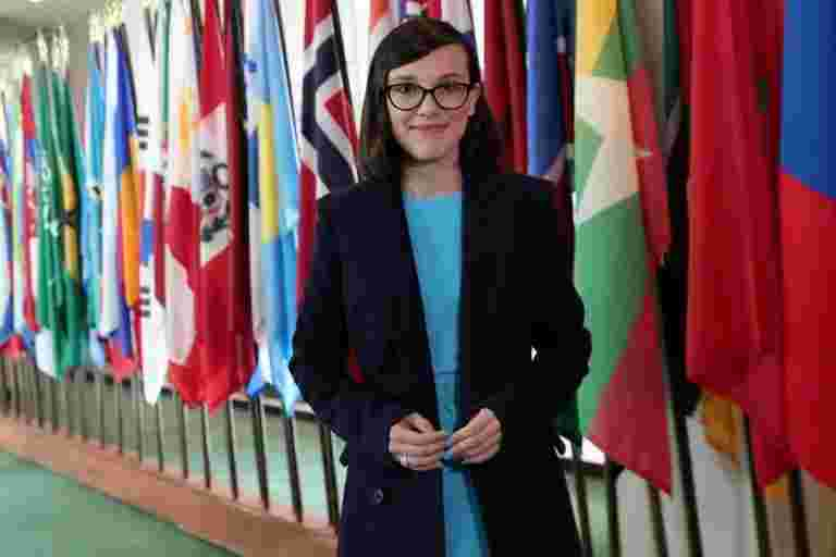 Netflix Star Millie Bobby Brown,14岁,名为最年轻的儿童基金会特使